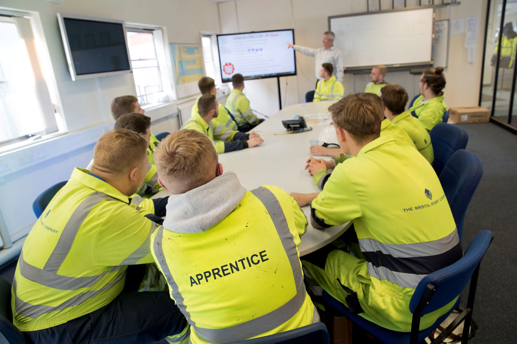 Select Commitee apprenticeships report