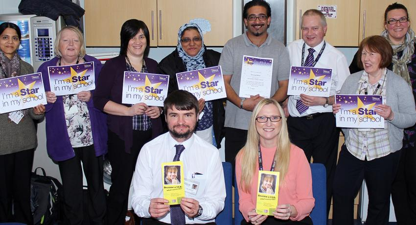 School support staff and UNISON reps celebrate the work of members ©UNISON